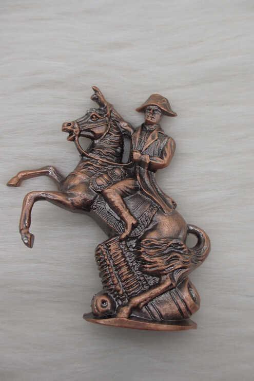 SUIRONG --- 712 Antyczne Miedzi Platerowane Francja Hero Rysunek Statua Napoleon Jazdy Jazda Rzeźba Rzemiosło Metalowe Biurko Dekoracji