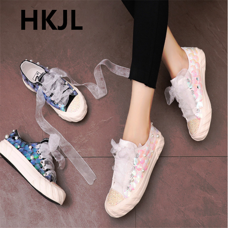 Outdoor spring new wild Korean version of the original Ma Ye thick bottom literary retro thick bottom low to help sneakersOutdoor spring new wild Korean version of the original Ma Ye thick bottom literary retro thick bottom low to help sneakers