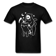 цена на Grim Death Rides A Black Cat T-Shirt Funky Short Sleeve Unique Men Tees All Cotton Round Neck Men Tee Shirts Summer Sweater