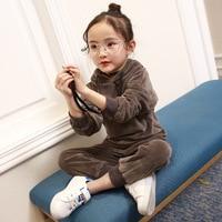 Çocuk Konfeksiyon Sonbahar Takım Elbise Kız Pleuche Iki Çocuk Giyim Bebek Kazak Takım 2 Parça Çocuklar Giyim Setleri