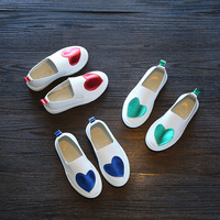 2017 Spring Girls Shoes Glowing Sneakers Love Heart Patchwork Casual Chaussure Enfant Patins Red Blue Green