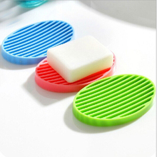 Good Fashion Bathroom Soapbox Soap Dish Storage Portable Silicone Flexible Toilet Soap Holder Plate Drain Random Color