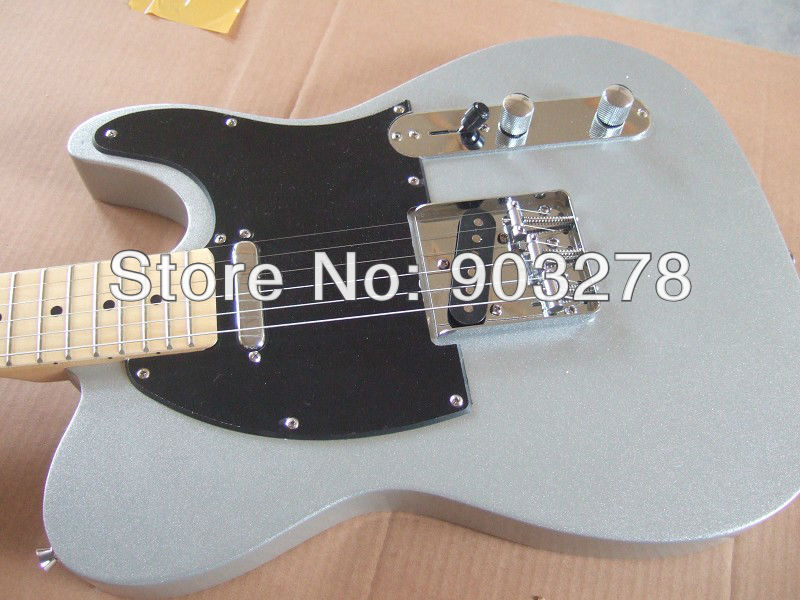 Custom shop, customsize guitar, new arrival silver Electric Guitar t24 musiclily 3ply pvc outline pickguard for fenderstrat st guitar custom
