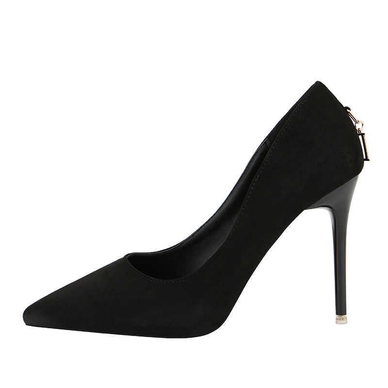 חדש אופנה פגיון עקב גבוה זמש פה רדוד מחודדת D-כפתור סקסי נשים נעלי חתונה נעלי גבירותיי נעליים גבוהה עקבים