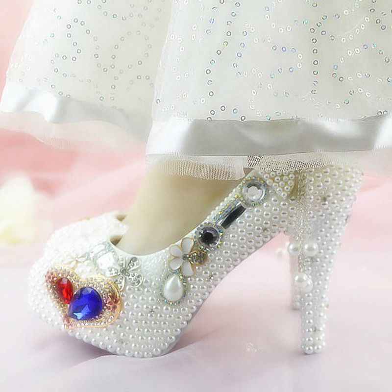 Pattini del progettista delle donne delle pompe delle signore sexy pattini a Cristallo del rhinestone fiore bianco tacchi alti donna scarpe da sposa - 4
