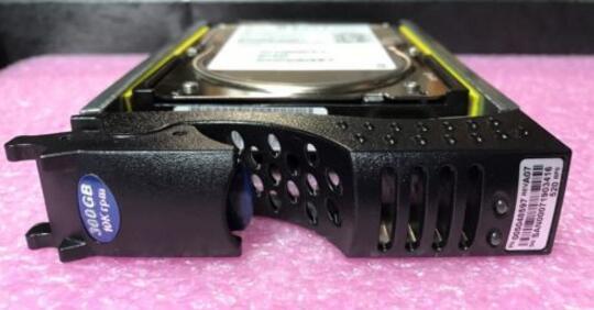 Hard drive 005048597 3.5 300GB 10K SAS 8MB one year warranty 300gb 10k rpm sas 2 5 inch hard drive u706k