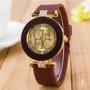 Image 4 - 2018 Nieuwe Eenvoudige Leer Merk Genève Casual Quartz Horloge Vrouwen Crystal Silicone Horloges Relogio Feminino Polshorloge Hot Koop