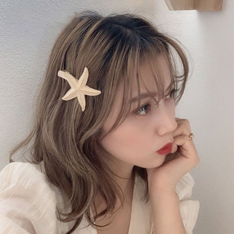 Ocean Style Metal Alloy Gold Hair Clips Women Hollow Seashell Conch Hair Styling Barrette Faux Pearl Rhinestone Duckbill Hairpin