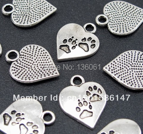 Vintage Tibetan Silver Dog Paw Prints Heart Charms Pendants For Jewelry Making Findings Bracelets  Accessories Gifts Hot Z112