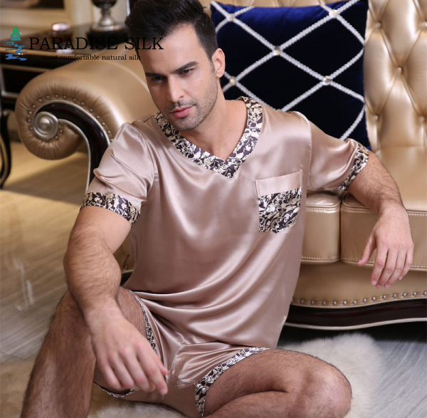 Men s Pyjamas Short Set 100 Pure Silk Male Sleepwear Top and Bottom Set Sleepwear Men