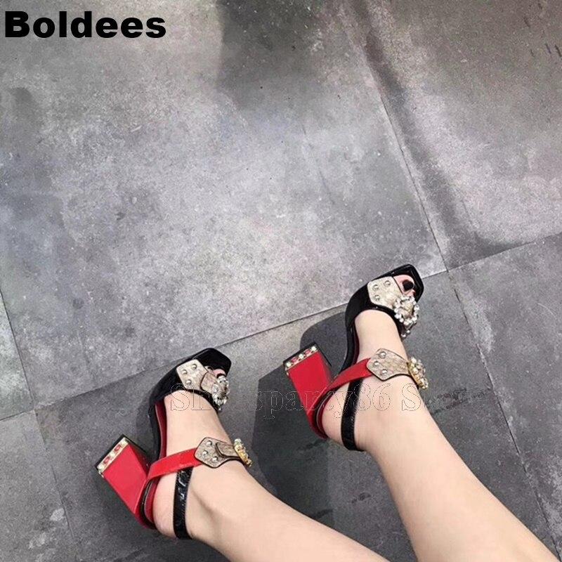 Модные женские босоножки из змеиной кожи с заклепками, многослойный из бусин, с пряжкой, на высоком каблуке, с открытым носком - 4