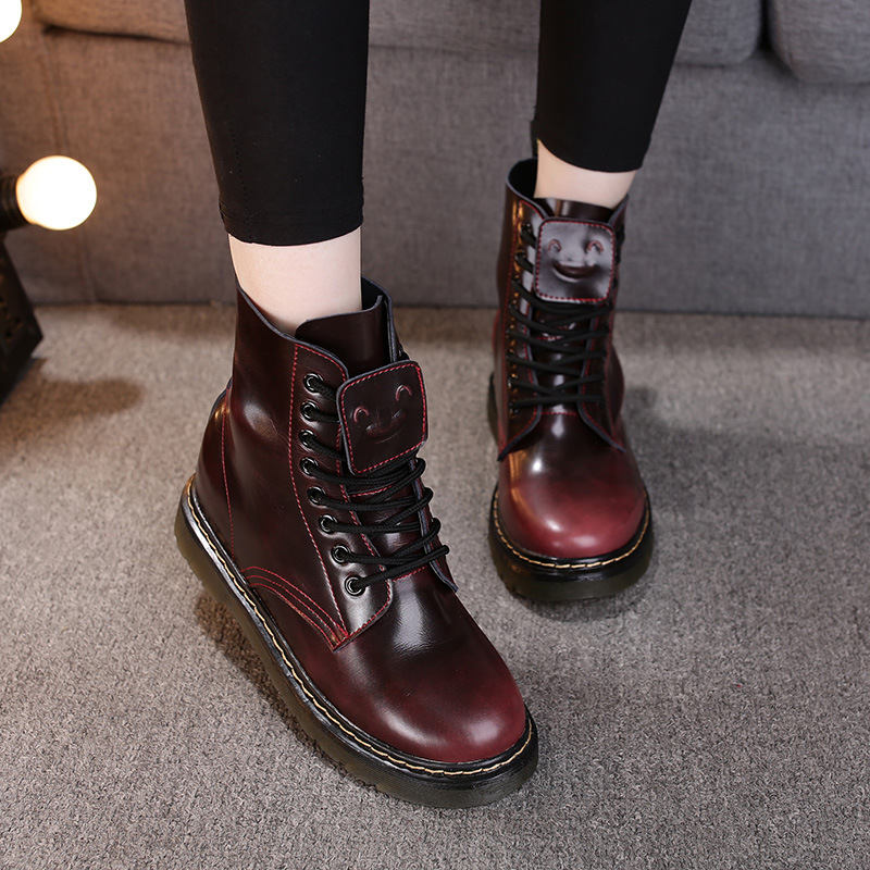 ФОТО Women Boots 2017 Martens Vintage Classic Genuine Martin Boots Female Thick Heel Motorcycle Boots Round Toe Height Increasing