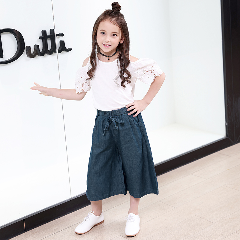 Fashion Girls Clothing Set 2018 Summer Kids Girl Clothes White Top Blouse Open Shoulders+Denim Pants Wide Leg Children Costume 2018 girl summer sets new children s skirt 2pcs college chiffon clothing set white half sleeve blouse black long skirts suits