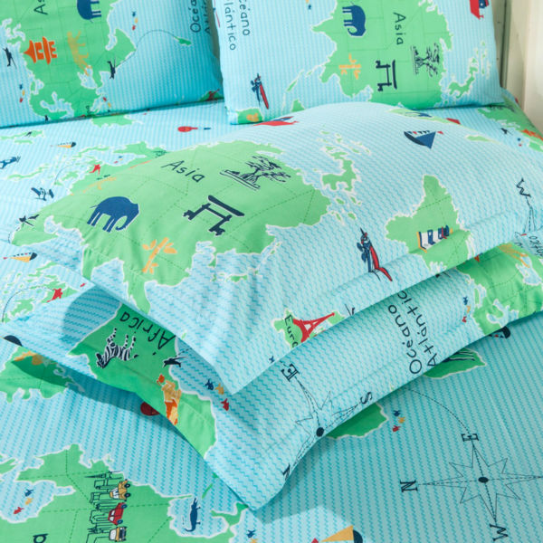 Bedding sets 4pcs duvet cover sets cartoon world map cartoon bedding sets 4pcs duvet cover sets cartoon world map cartoon children bedding set twin full queen king size freeshipping in bedding sets from home garden publicscrutiny Image collections