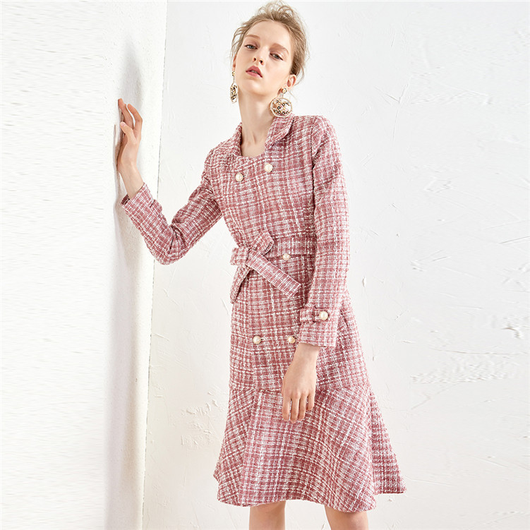 New style pink small fragrant wind woolen coat pearl button medium long lotus leaf hair coat F1013