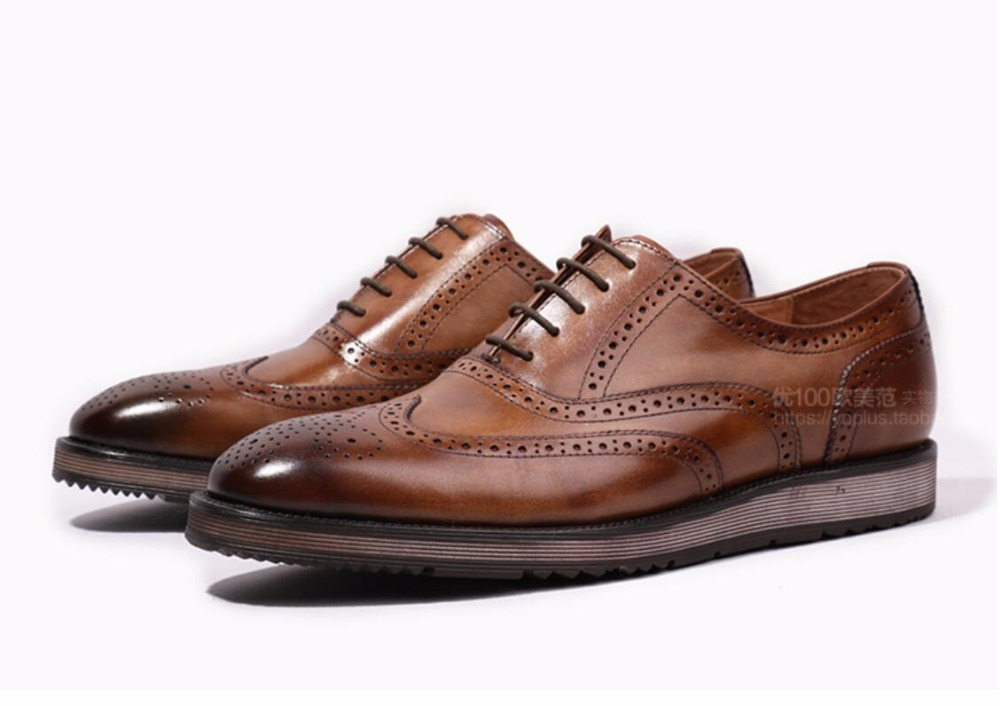 Handmade Retro Genuine Leather Men Oxfords Shoes 2018 Carved Men Borgues Shoes Italian Leather Dress Oxfords Shoes 2017 men shoes fashion genuine leather oxfords shoes men s flats lace up men dress shoes spring autumn hombre wedding sapatos