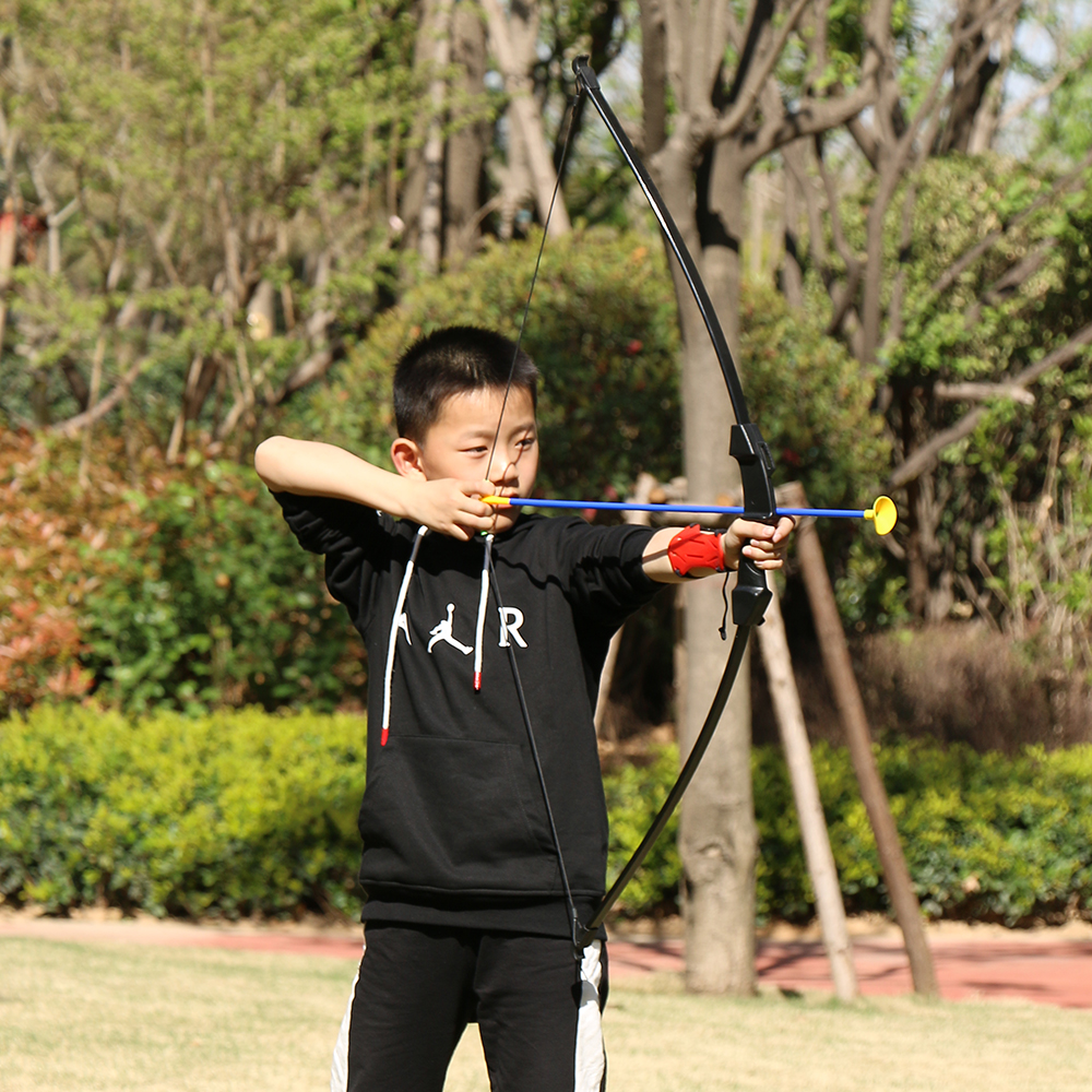 Image 5 - Junxing Outdoor Youth Recurve Bow Outdoor Sports Game Toy Bow and Arrow Archery Set Archery Training Toy-in Bow & Arrow from Sports & Entertainment