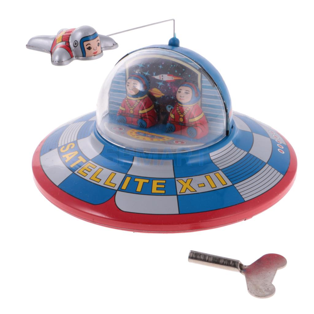 Vintage Space Ship Model Clockwork Wind Up Tin Toy Collectables For Kids/Adult Gift