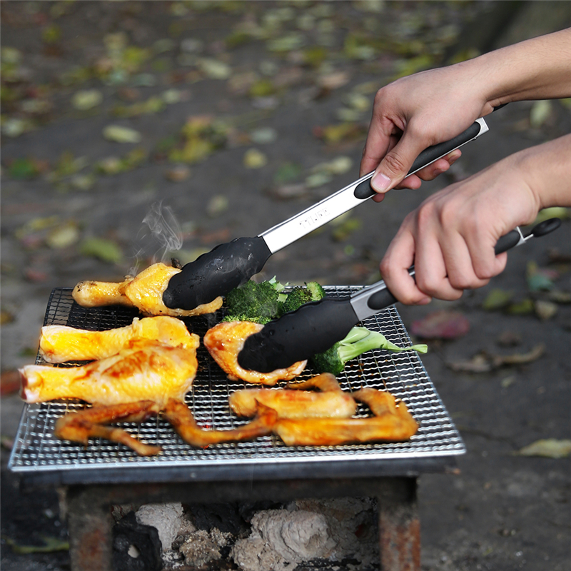 TTLIFE 2pcs/set BBQ Tongs with Silicone Cover Handle 7in and 9in Lock Design Barbecue Clip Clamp Stainless steel Food Tongs