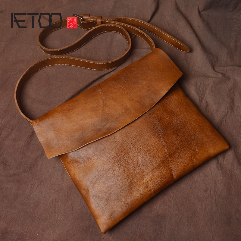 AETOO Original handmade leather shoulder bag head planted tanned leather retro art men and women personality messenger package aetoo spring and summer new leather handmade handmade first layer of planted tanned leather retro bag backpack bag