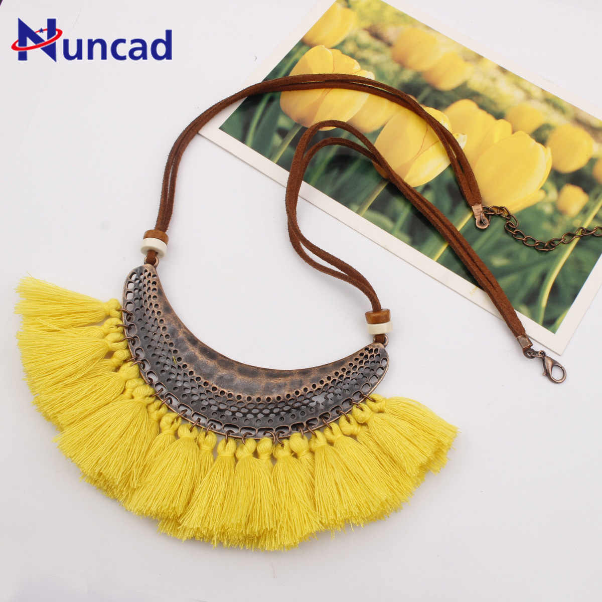 Fashion Crescent Moon Pendant Necklace 2018 New Bohemia Colorful Tassels Sweater Chain Necklace Woman Accessories