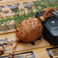 New Fashion llaveros carved wood Coin Buddha Peach Wood Carving Keychain Buddhism Buddha Pendant Statue Present Car Keyring