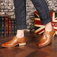 Brand Brogue Brown Red Black Men Business Dress Shoes Pointed Toe Men Wedding Shoes Leather Formal Shoes casual flats LE-23