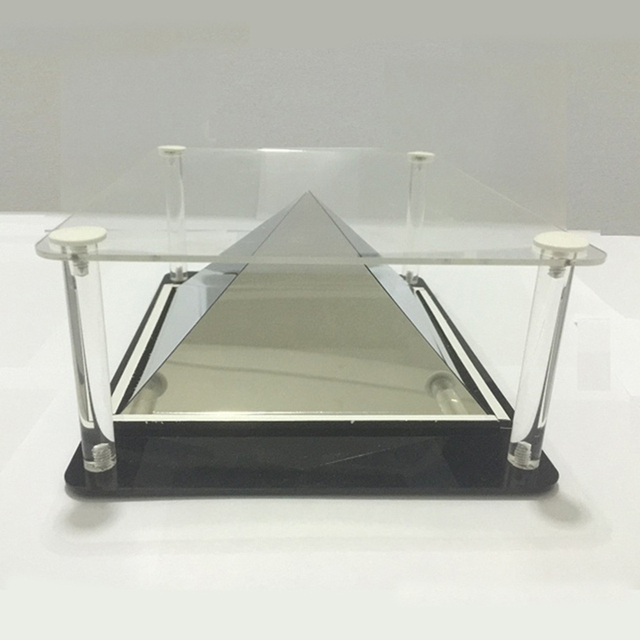 3D Holographic Projection Pyramid