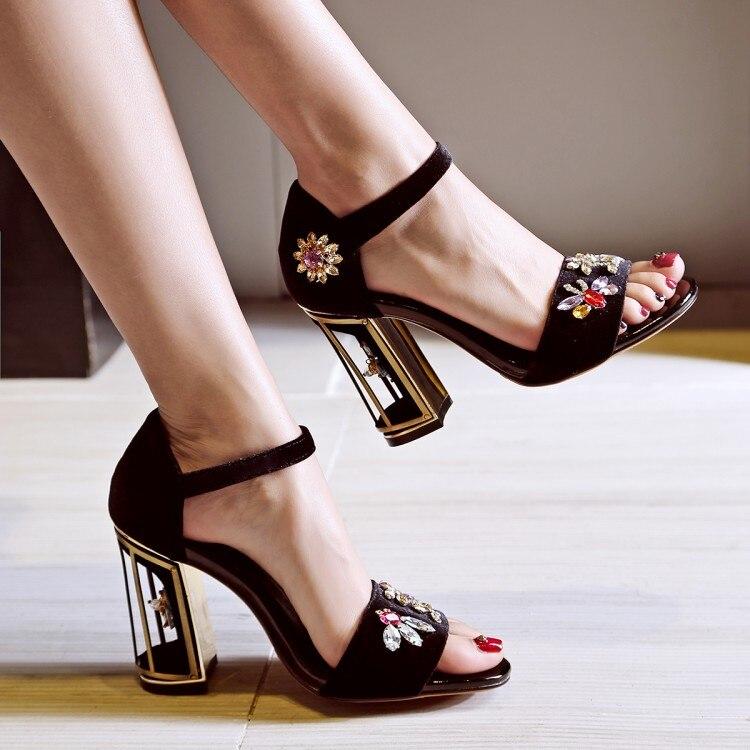 ФОТО 2017 Crystal high heels Fashion woman metal heels black navy sandals buckle strap peep toe suede woman sandals Hot Sale