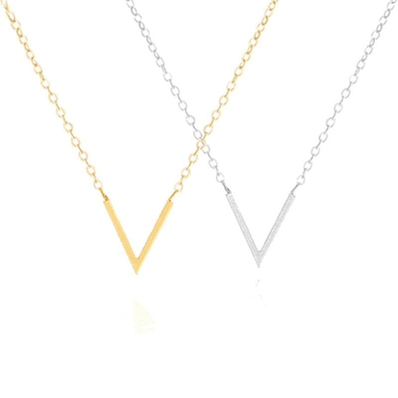 Oțel inoxidabil de culoare neagră Chevron V Colier Femei Ketting Silver de aur Culoare Inițială Scrisoare Pendant Charm Choker Collier Femme