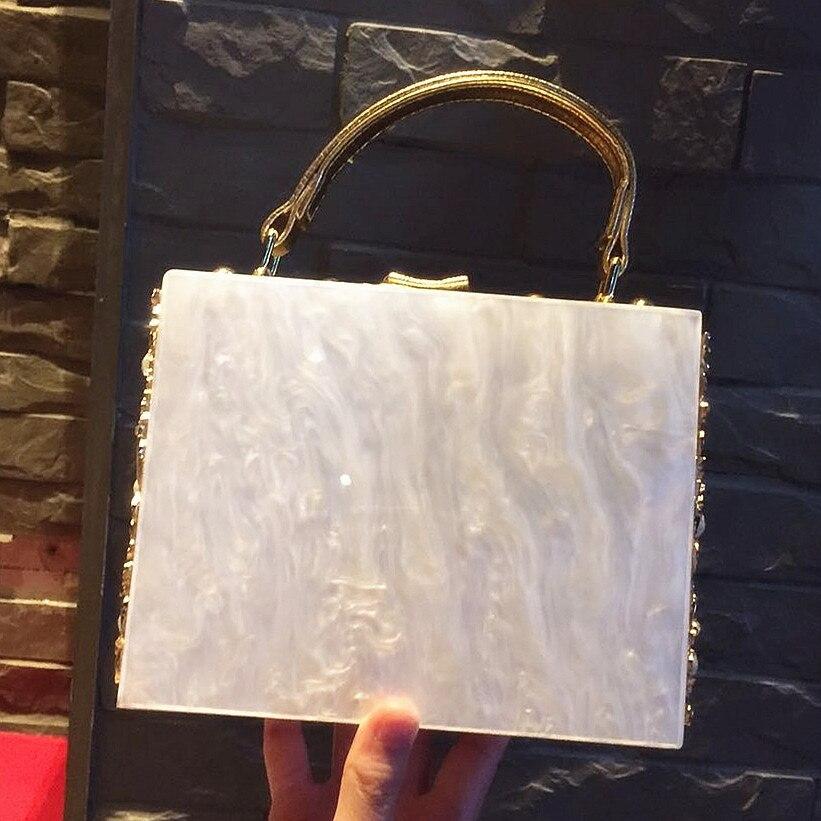 white tout Sculpté Célèbre Épaule Qualité Pink Sacs Femmes Boîte Design red Rétro Serrure Marque Luxe Sac Diamant Haute Creux blue Soirée De Fourre xR8pvnAwq
