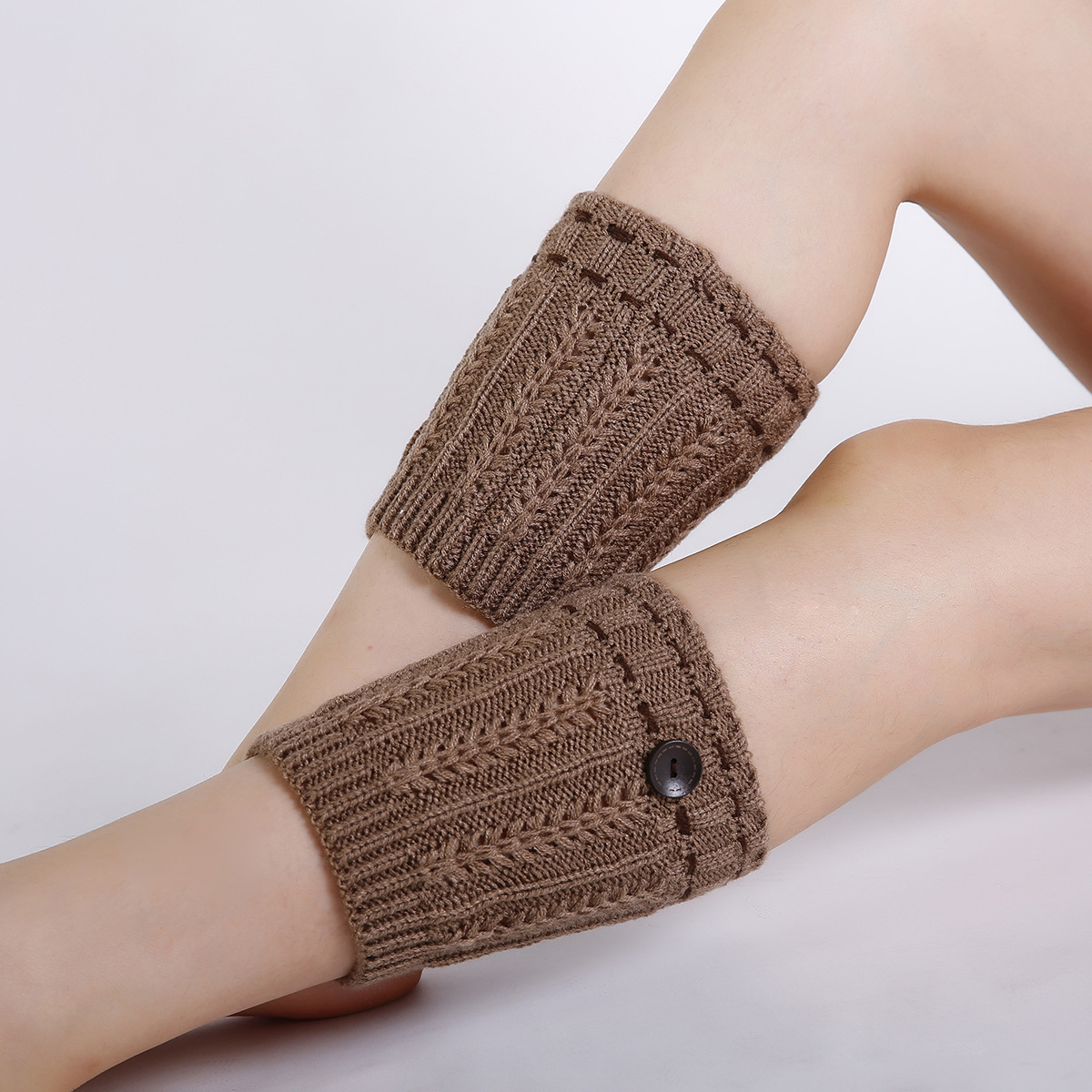 Autumn And Winter New Wool Knit Foot Cover Boots Leggings Wheat Spikes Short Paragraph Button Ladies Warm Socks