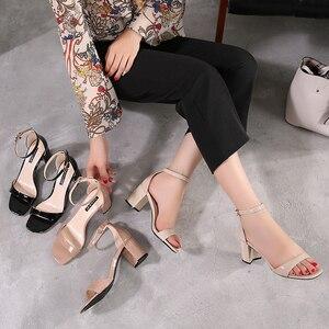 Image 3 - Zapatos de tacón alto para mujer, sandalias romanas gruesas con punta abierta, talla pequeña 31 32 33 40, estilo europeo, novedad de verano de 2019