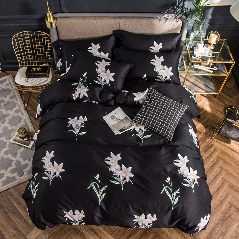 2018 White Flowers Black Bedding Set 4Pcs Queen King Size Egyptian Cotton Fabric Duvet Cover Flat Sheet Pillow Cases2018 White Flowers Black Bedding Set 4Pcs Queen King Size Egyptian Cotton Fabric Duvet Cover Flat Sheet Pillow Cases