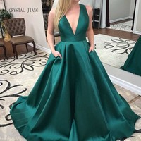 CRYSTAL JIANG 2018 Evening Dresses V Neck Green Elastic Satin Sexy Back Bowknot A Line Robe De Soiree Party Evening Gowns