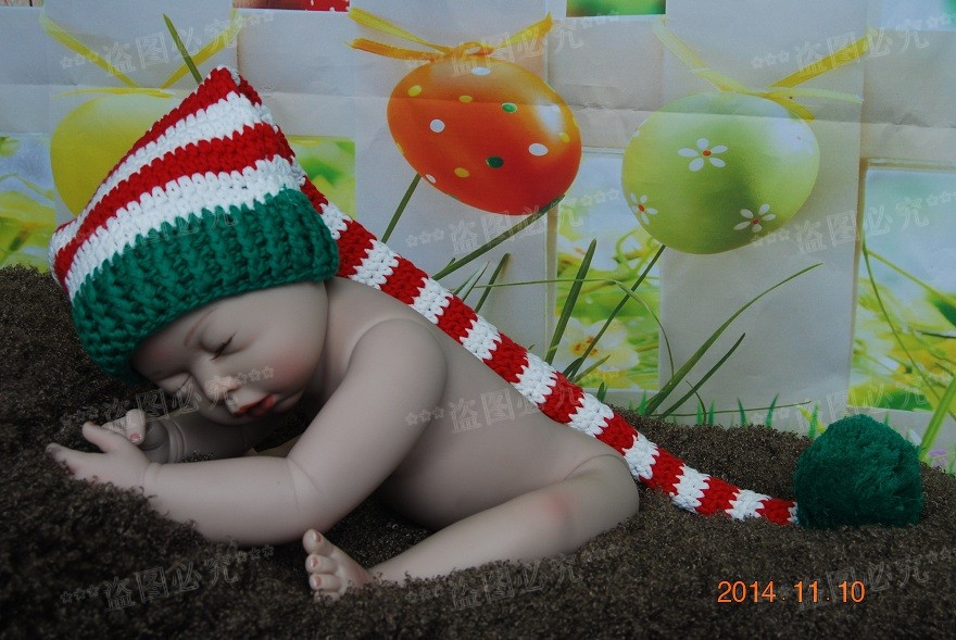 52d62ba32a1 Free shipping Handmade Baby Green   white   red Stripe Hat Crochet Elf Hat  Newborn Photo Prop 100% Cotton-in Hats   Caps from Mother   Kids on ...