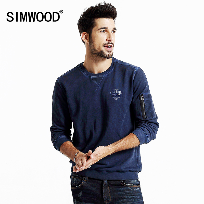Simwood Autumn Chic Designed Round Neck Pullover Zipper Decorated Long Sleeve Men Sweatshirt WY8014