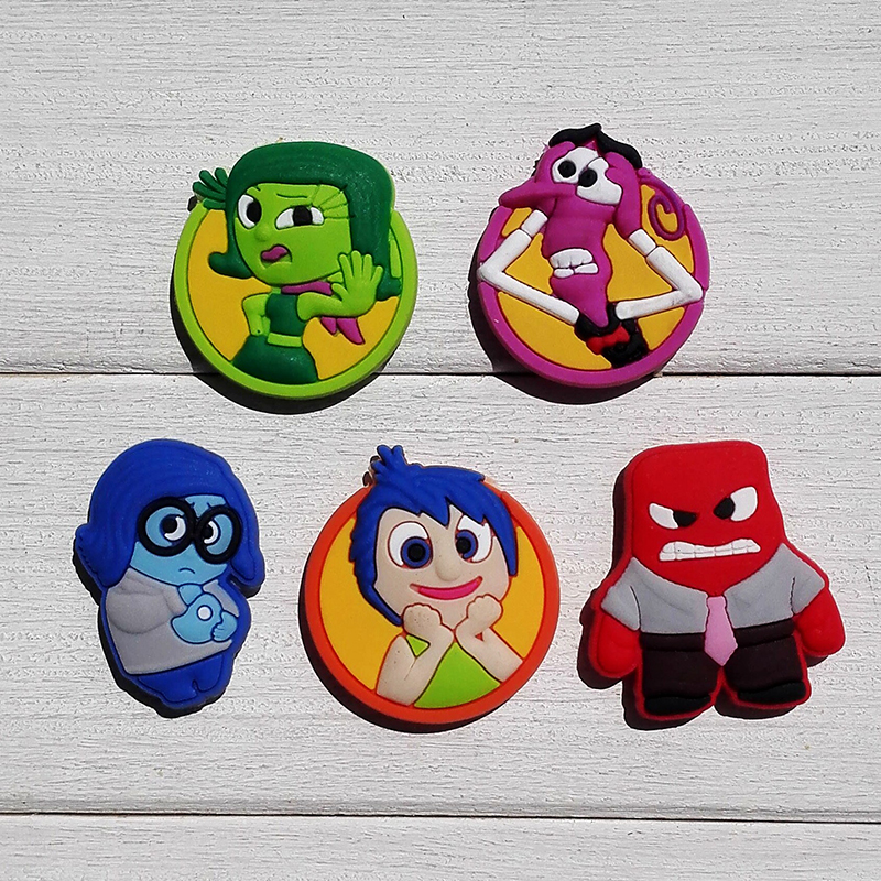 50pcs Inside Out Cartoon PVC Shoe Buckles Shoe Charms Fit Croc For Shoes&wristbands With Holes Furniture Accessories Kids Gifts