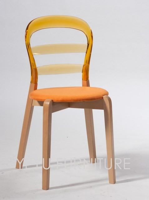 Sedie In Legno Massiccio.Us 219 0 Design Moderno In Legno Massiccio E Trasparente Di Plastica Wien Sedia Di Legno E Soft Cover Pad Da Pranzo Cuscino Sedia Laterale Mobili