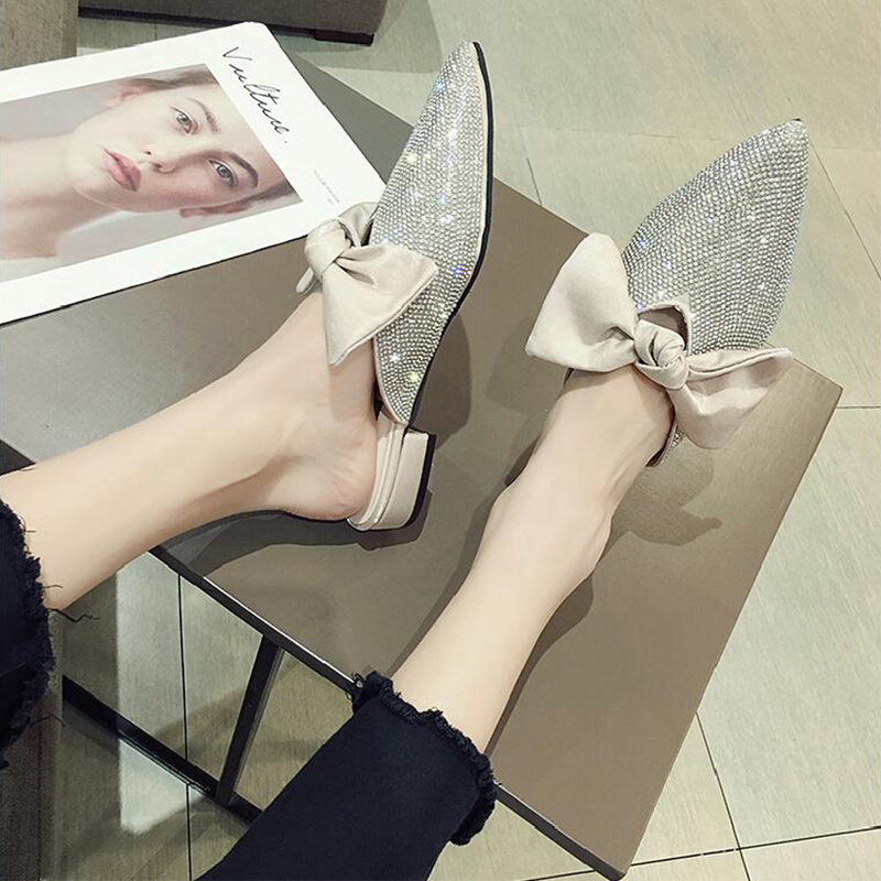 Pointed toe slippers crystal bowknot shoes woman low heels anti-skid slides shallow mules casual flipflops cute femme summer new 10
