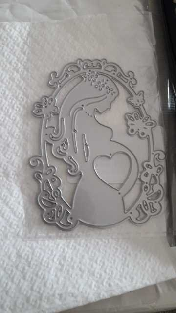 Mother Baby Pregnant Woman Metal Cutting Dies DIY Scrapbooking Crafts Die Cuts New 2019 Embossing Paper Album Cards Making Decor