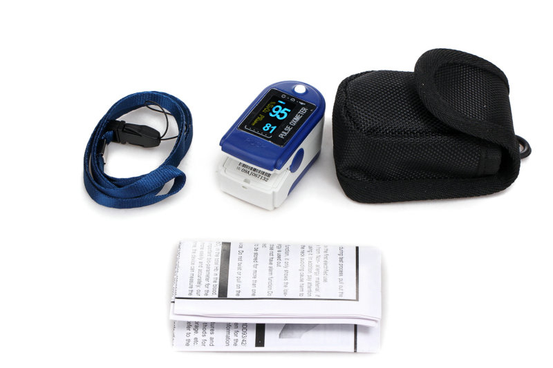 90% Discount Off Free Shipping OLED Display Fingertip Pulse Oximeter SPO2 Monitor + protective bag color oled wrist fingertip pulse oximeter with software spo2 monitor