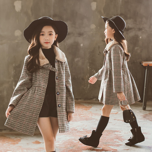 The New 2018 Winter Girl Korean Version of The Tartan Coat In The Big Boy with Fur Collar Sweet Jacket