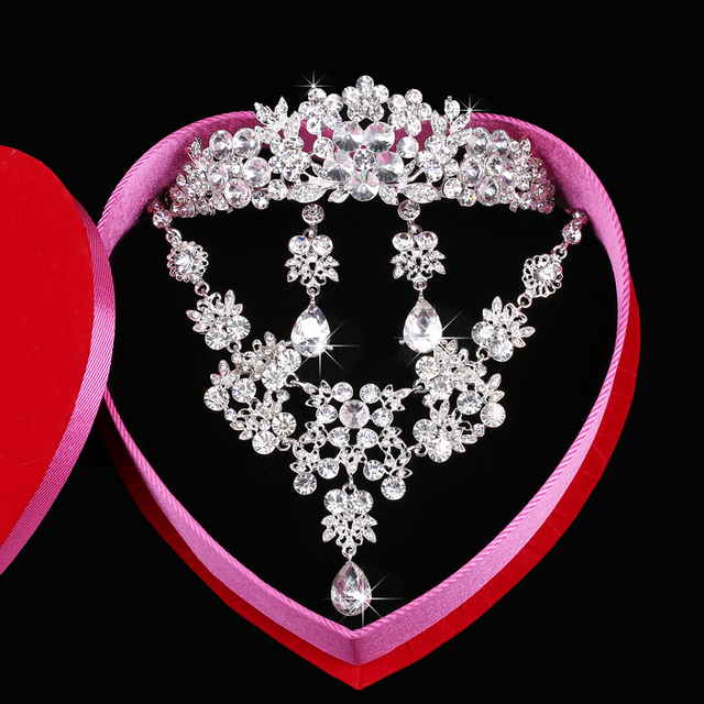 Sparkle Wedding Accessories Sets Silver Plated African Crystals Cheap Crown Bridal Accessories Online 2016 Cappelli Da Sposa