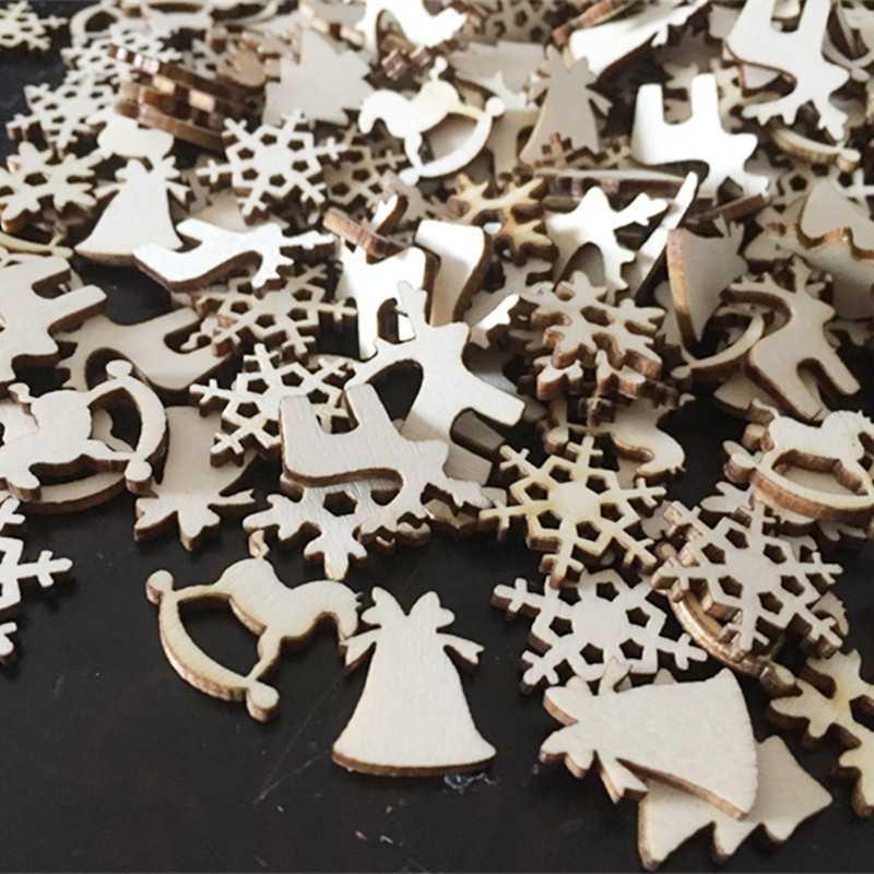 50ピース/ロットナチュラルウッドクリスマスチップ木装飾品トナカイ雪フレークロッキング馬家の装飾お祝いのパーティー用品