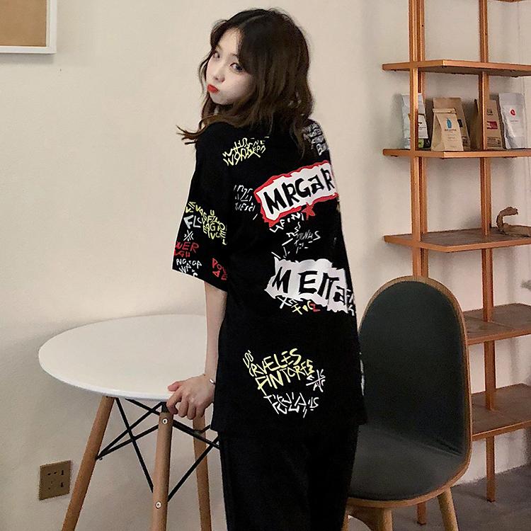 T-shirts Women Graffiti BF European Style Loose Harajuku Hip Hop Streetwear Chic Couple Clothes Unisex Daily Tshirt Womens Soft 102