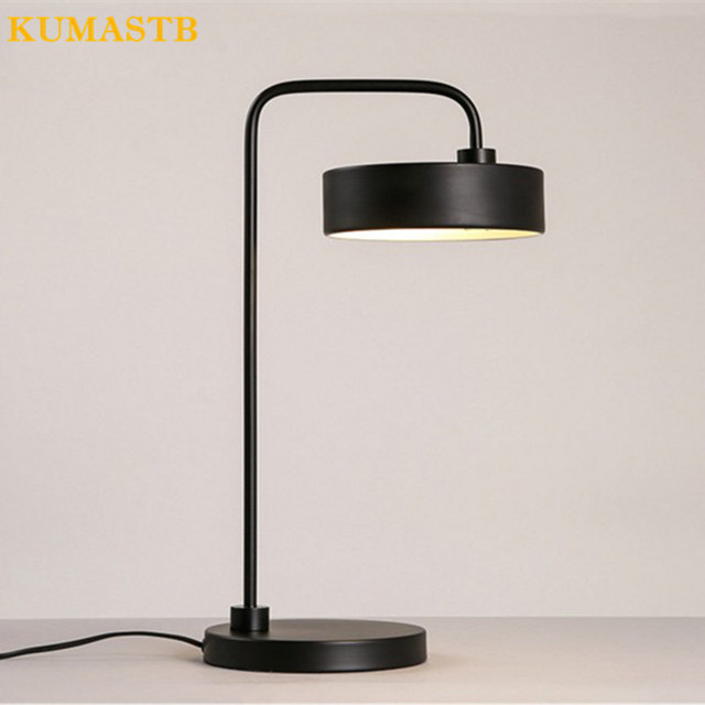 Modern Minimalist Rose Gold Black Table Lamp Office Study Bedside Hotel Creative Plated