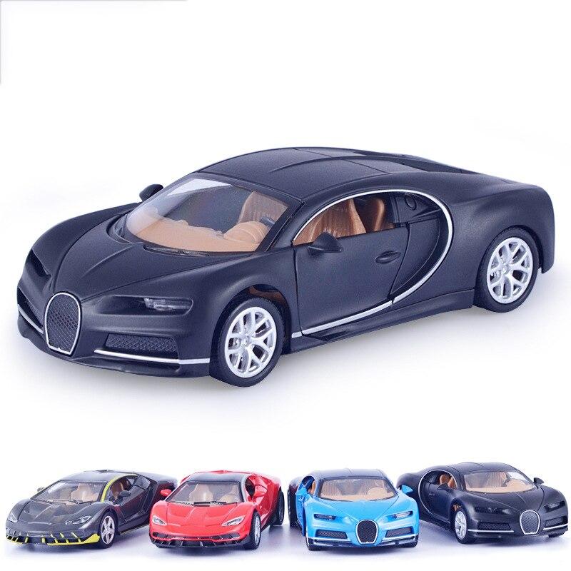 Diecasts Model Kendaraan Dibuka