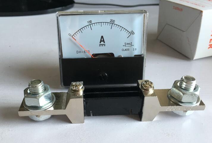 DH-670 DC 0-300A Amp Analogique Panneau ampèremètre pointeur type current meter panel + shunt