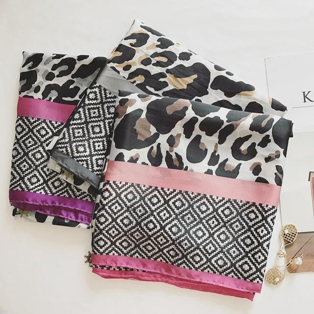Elegant leopard Pendant Scarf | Lightweight Scarves